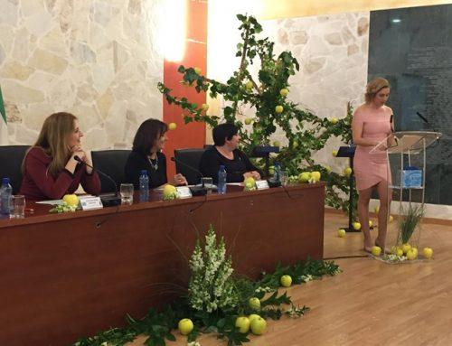 Cristina Mariscal y Juan Manuel Ortiz (profesionales de Enfermería) reciben un reconocimiento del Ayuntamiento de Ojén (Málaga)